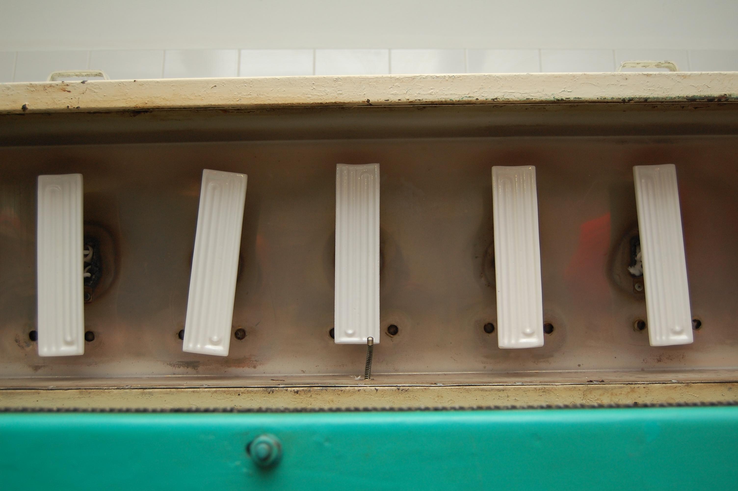 Вязаная спицами туника с описанием и схемами